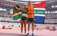 Louzanne Coetzee and guide Estean Badenhorst won a silver medal in the (T11) 1500m race at the Tokyo Paralympics. Picture: @TeamSA2020.