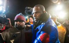 R Kelly handed himself over to Chicago police for sexual abuse claims. Picture: Twitter.