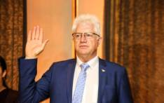 Alan Winde is sworn in as the Western Cape Premier in the Western Cape legislature on 22 May 2019. Picture: @WesternCapeGov/Twitter