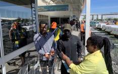 Customers make their way inside Makro in Cape Town on 24 March 2020. Picture: Kaylynn Palm/EWN.