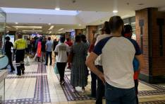 With just hours to go before the national lockdown on Thursday midnight queues are growing at stores and supermarkets in Cape Town. Picture: Kaylynn Palm/EWN.