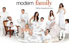 FILE: The full cast of the ABC series, Modern Family. Picture: thetvaddict.com