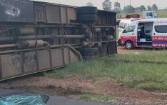 Paramedics are currently on scene and treating patients for minor to moderate injuries. Picture: @@AsktheChiefJMPD/Twitter