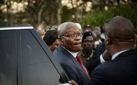 FILE: Former president Jacob Zuma outside the KwaZulu-Natal High Court in Pietermaritzburg addressing supporters on 20 May 2019. Picture: Sethembiso Zulu/EWN.