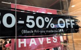 Shoppers flocked to local malls for Black Friday sales across the country on 24 November 2017. Picture: Lauren Isaacs/EWN.