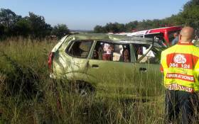 Ten people, including nine children, were left injured on 21 February 2020 when the vehicle they were traveling in rolled on the Wedela Blyvoor Road in Fochville. Picture: @ER24EMS/Twitter