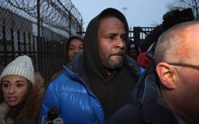 R&B singer R Kelly leaves the Cook County jail after posting $100,000 bond on 25 February 2019 in Chicago, Illinois. Picture: AFP