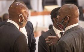 Tom Moyane (L) with his lawyer Dali Mpofu (R) at the state capture commission on Monday, 30 November 2020. Picture: Xanderleigh Dookey Makhaza/EWN