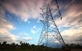 Pylons, electricity, load shedding. Image: Pexels.
