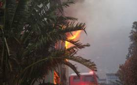 A house burns in the Overstrand region of the Western Cape after catching fire during a wildfire on 11 January 2019. Picture: EWN