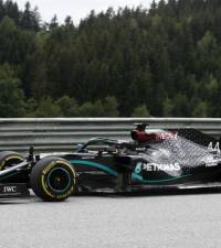 Red Bull lodge protest over Mercedes steering