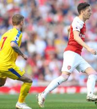 Sloppy Arsenal's top four bid rocked by Palace