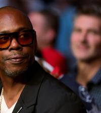 Comedian Dave Chappelle 'more than willing' to meet LGBTQ groups over special