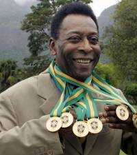 Pele celebrates 81st birthday as tributes roll in
