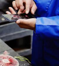 Sushi meets AI - Japanese inventor's app scopes out choice tuna cuts