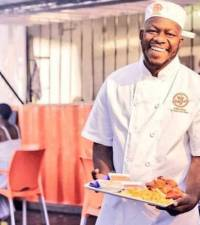 Meet Letlhogonolo Motseeng, the brain behind Moja Chicken