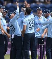 England pull out of men's and women's cricket tours of Pakistan