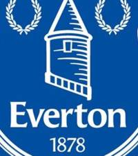 Everton sign Gomes on permanent deal from Barca