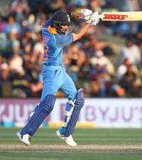India's Kohli fastest ever to reach 11,000 ODI runs