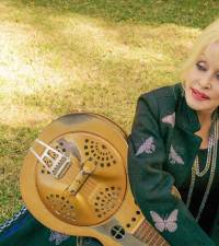 Dolly Parton thinks coronavirus is a 'lesson' from God