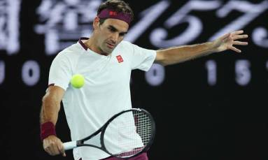 Federer 'missing' Wimbledon but aiming to be back next year