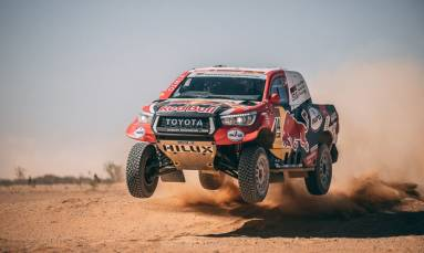 Dakar Rally unveil 2021 route, defend Saudi as venue