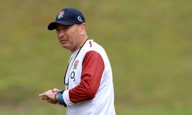England coach Jones agrees to pay cut to help RFU