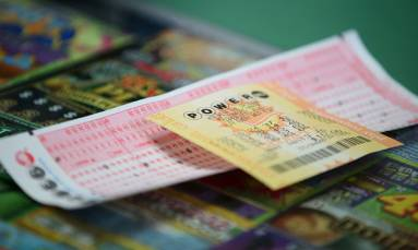 SA's biggest ever PowerBall jackpot of R225mil ready to be won tonight
