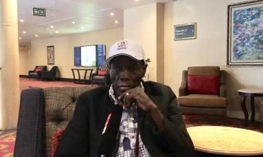 Zimbabwean jazz singer Oliver Mtukudzi dies at 66