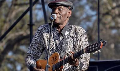 Tributes pour in for legendary Oliver Mtukudzi