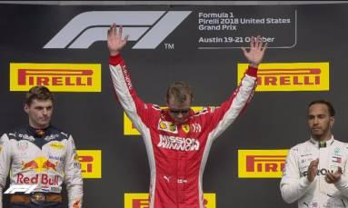Hamilton waits for F1 title as Raikkonen wins US Grand Prix