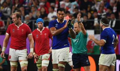 Red-carded French rugby player retires from internationals
