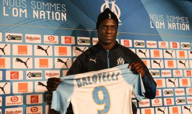 Balotelli completes six-month move to Marseille