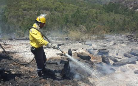 Firefighters in the Overberg district and in the Southern Cape battled multiple fires in different areas on Saturday 13 January 2018. Picture: Twitter/@wo_fire