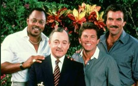 The late John Hillerman (second from left) with his Magnum P.I. co-stars, including Tom Selleck (right). Picture: @LarryManetti
