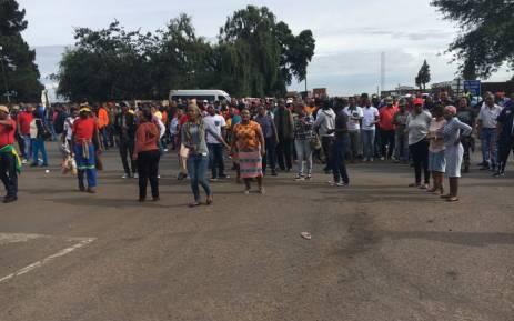 FILE: Protesters at the Optimum coal mine entrance in Mpumalanga. Picture: Pelane Phakgadi/EWN