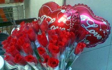 Roses for Valentines Day. Picture: EWN