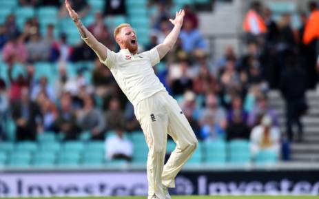 England's Ben Stokes appeals unsuccesfully for the wicket of South Africa's Temba Bavuma on the fourth day of the third Test match between England and South Africa at The Oval cricket ground in London on 30 July, 2017. AFP