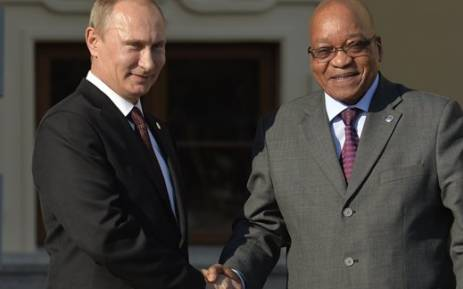 FILE: Russian President Vladimir Putin welcomes South African President Jacob Zuma to a summit in Saint Petersburg, Russia. Picture: AFP