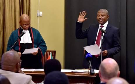 Chief Justice Mogoeng Mogoeng swearing in David Mabuza as Deputy President. Picture: GCIS.