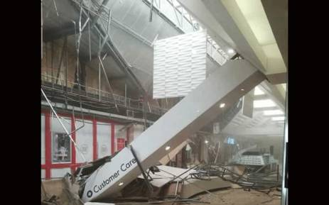 Shopping Centre Roof Collapse 2018 Somerset Mall Evacuated