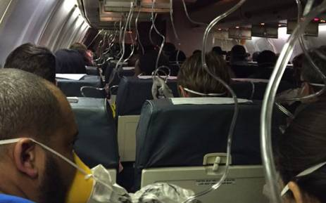 FlySafair flight experienced a gradual loss of pressure in the cabin at about 32,000 feet, prompting a rapid descent. Picture: Twitter @AliceCardarelli.