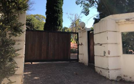 The DA claims former Gauteng Health MEC Brian Hlongwa purchased this house for R7.2 million with the help of companies and individuals who benefited from corruption in the provincial health department when he was MEC in 2006. Picture: Twitter/ @Our_DA