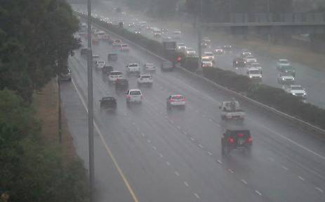 FILE: Traffic seen in Cape Town amid rainy weather on 9 December 2015. Picture: @CapeTownFreeway/Twitter