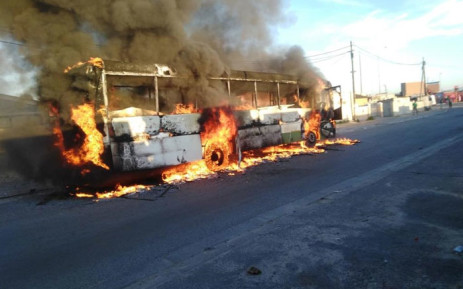 Vehicles stoned, buses torched in Khayelitsha protest, Newsline