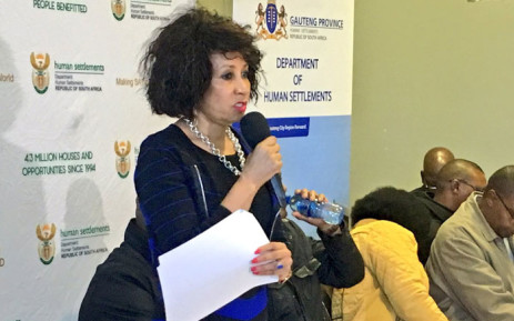 Human Settlements minister Lindiwe Sisulu addresses representatives of disgruntled Gauteng communities in Soweto, 14 May 2016.  Picture: Katleho Sekhotho/EWN.