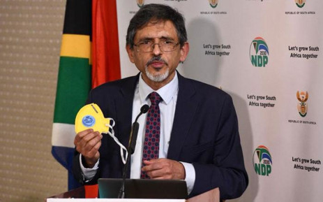 FILE: Trade and Industry Minister Ebrahim Patel addresses a media briefing in Pretoria on level 3 lockdown regulations on 29 May 2020. Picture: @GCISMedia/Twitter