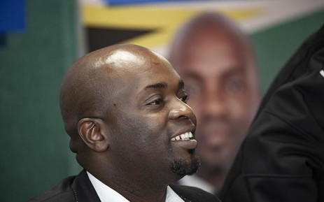 Tshwane mayor and DA Gauteng Premier candidate Solly Msimanga announces his resignation on 18 January. Picture: Kayleen Morgan/EWN