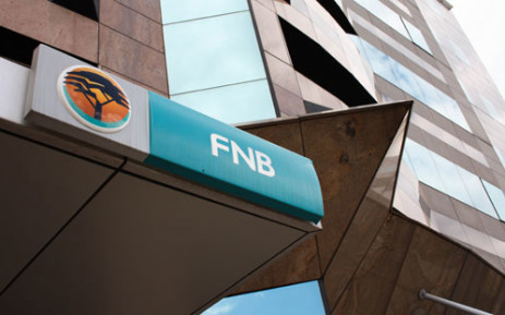 FNB apologises for tweet bomb out