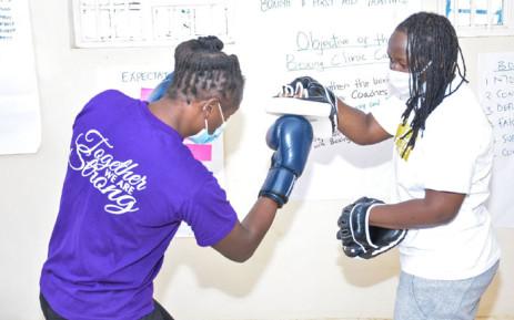 A BoxGirls Kenya boxing clinic session. Picture: @Boxgirlskenya/Twitter